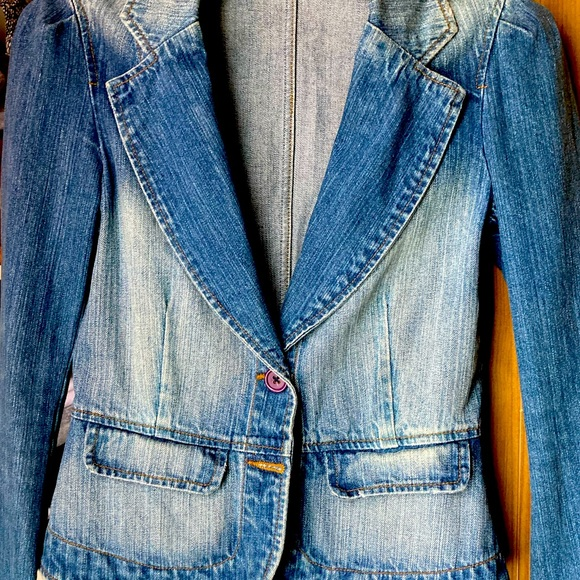 Distressed jean blazer/jacket M